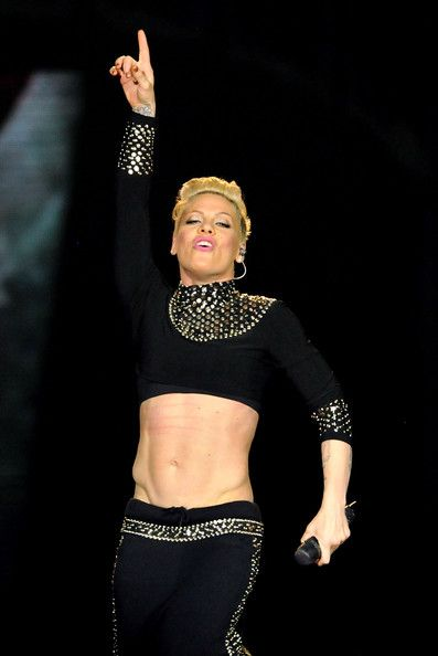 Singer pink abs Milf picture.