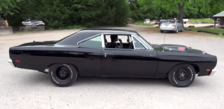 MEAN 1969 PLYMOUTH ROADRUNNER 440 MUSCLE CAR