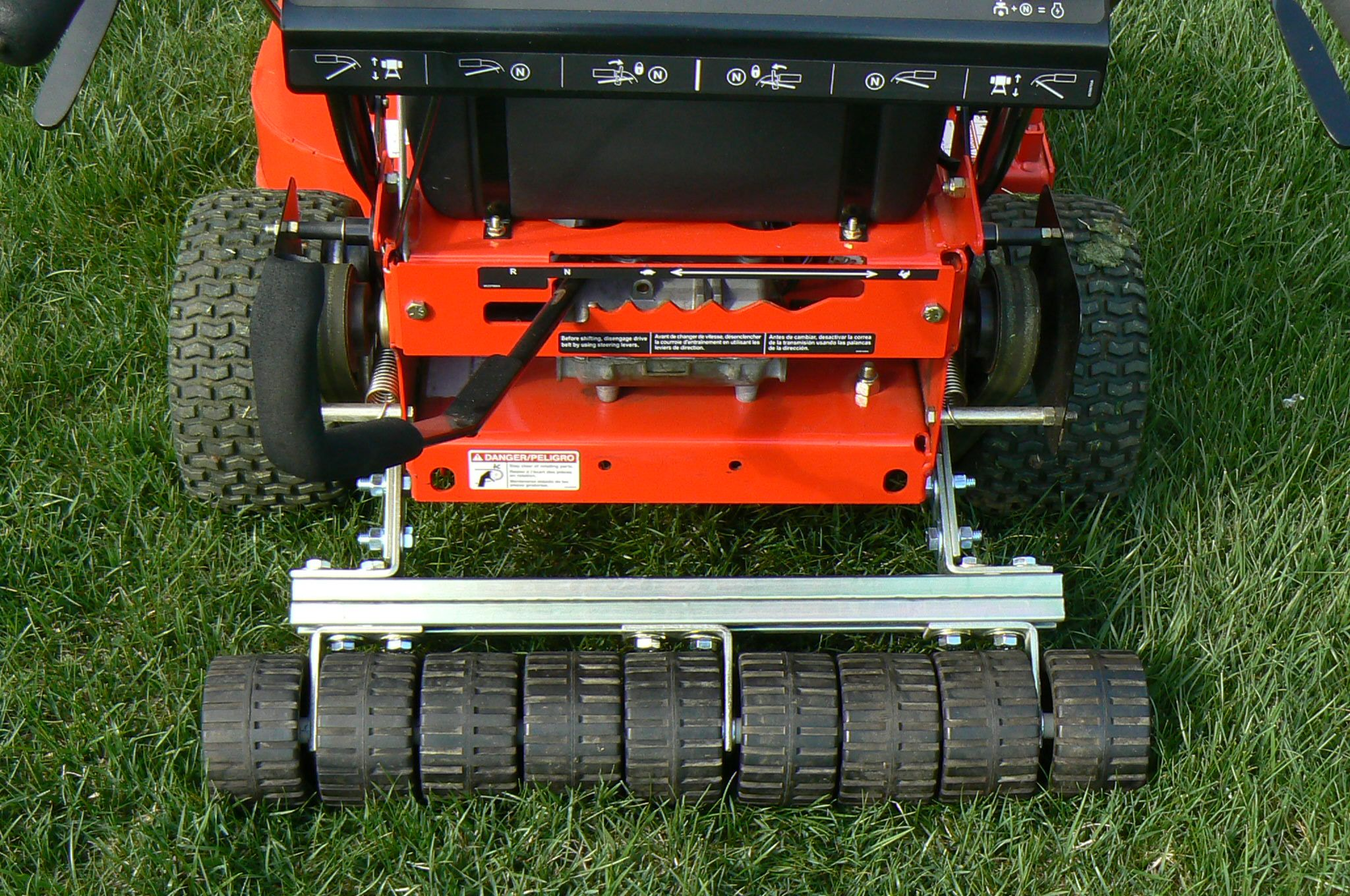 how to stripe a lawn with a roller