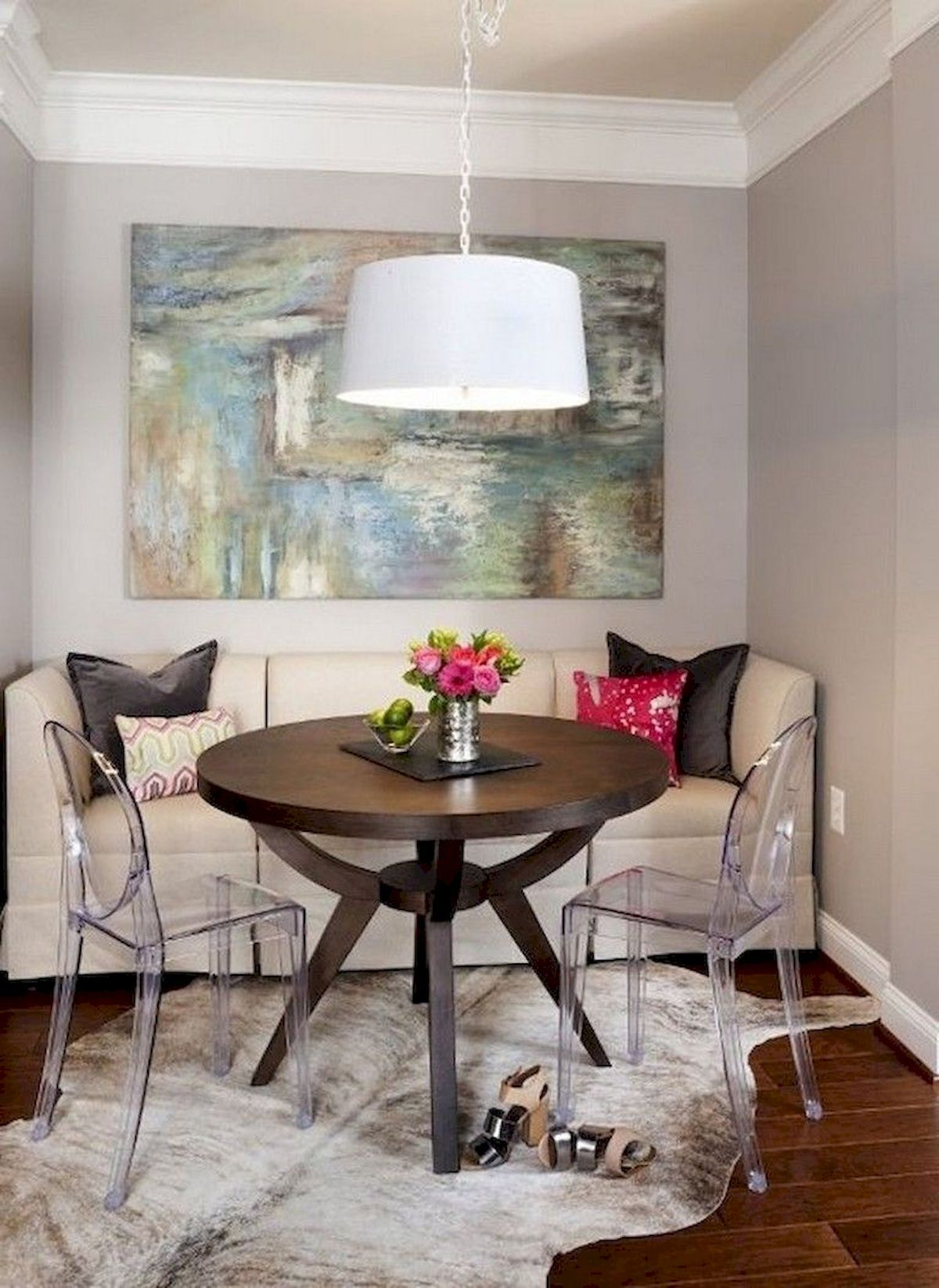 Stylish 52 Beautiful Small Dining Room Ideas On A Budget If You Are Living In A Small A Dining Room Small Dining Room Interiors Space Saving Dining Room
