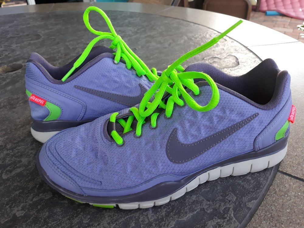 Nike H2O Repel Free Womens Size 7