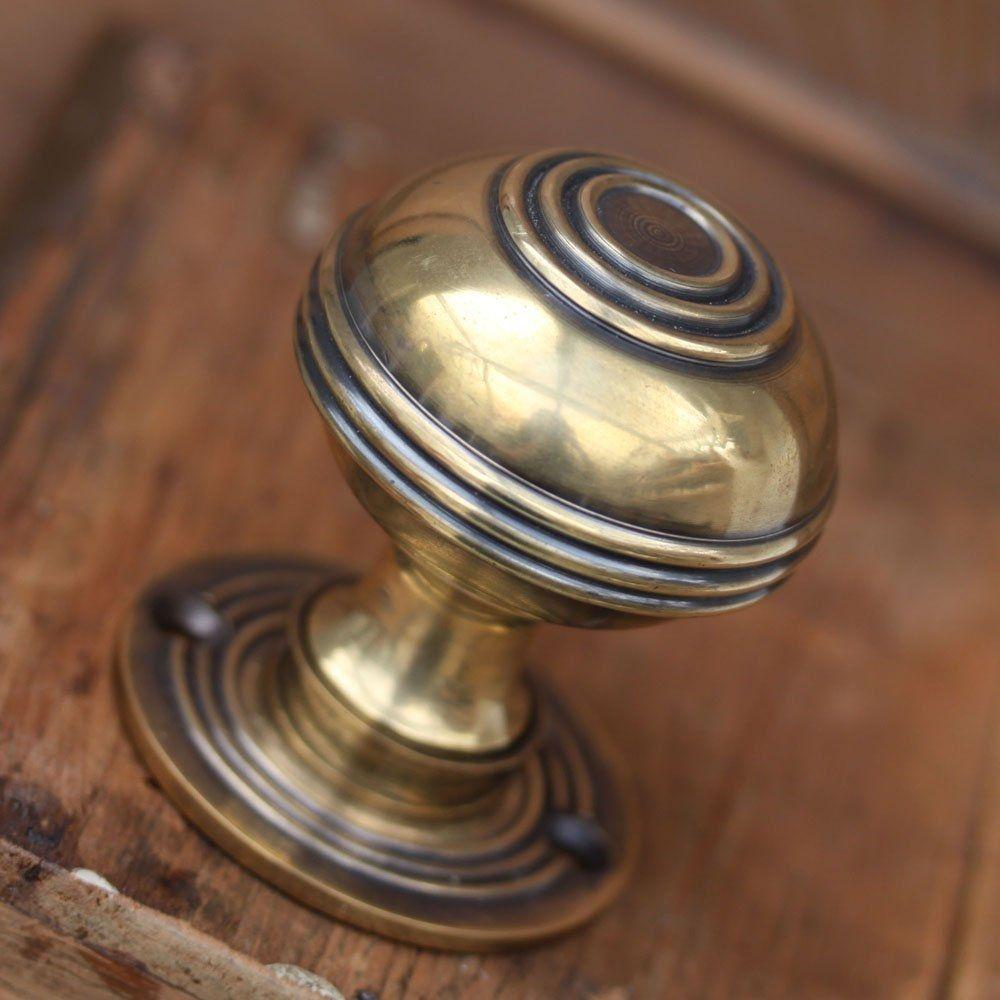 Small Antique Brass Door Knobs | http://retrocomputinggeek.com ...