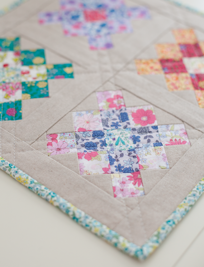 Linen and Lawn Little Granny Mini Quilt |