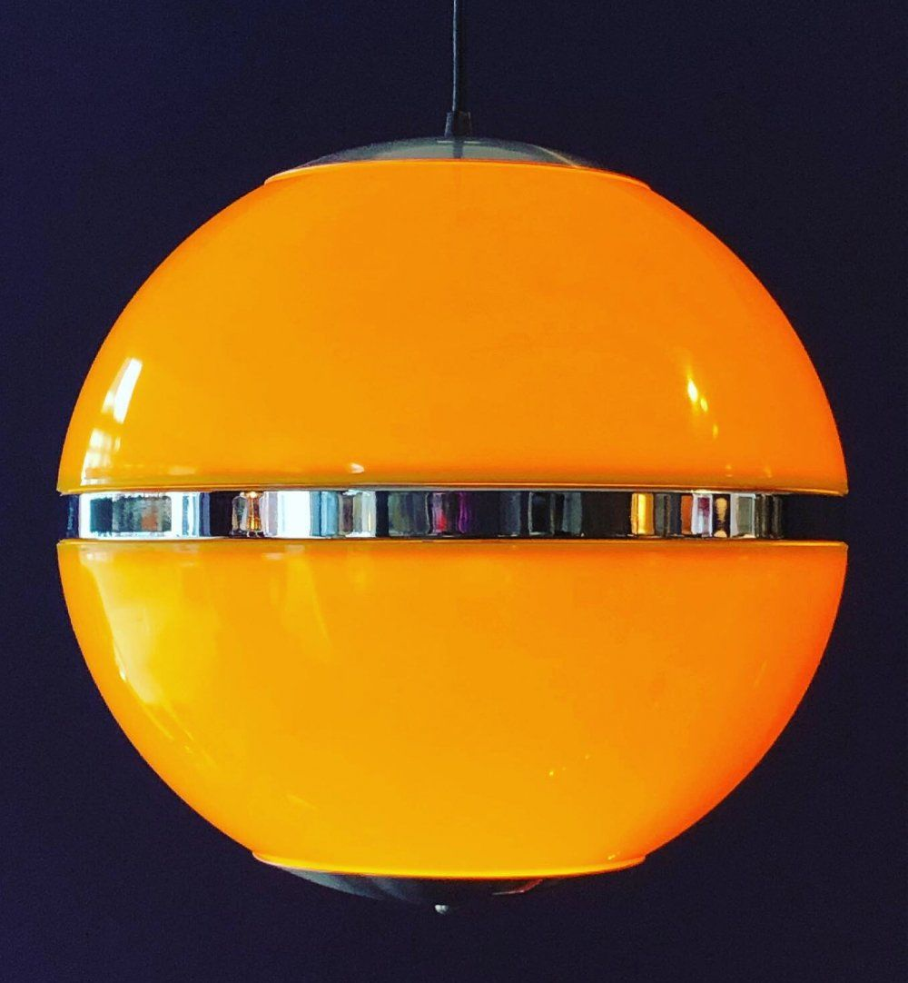 For Sale Space Age Hanging Globe Lamp 1970 S In 2020 Globe Lamps Retro Lamp Lamp