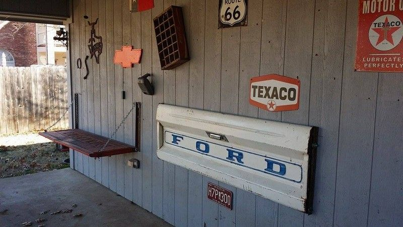 How To Make A Tailgate Wall Bench Wall Bench Tailgate Bench Tailgate