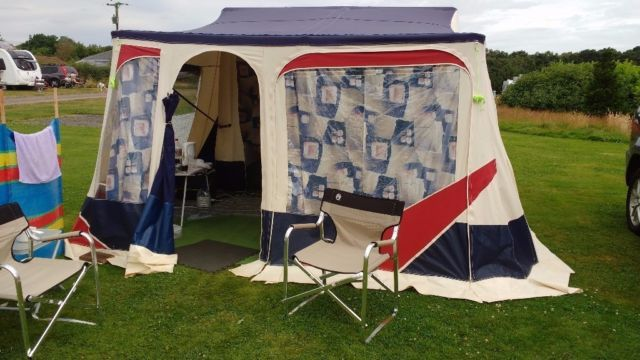 Jamet Jametic trailer tent in excellent condition The easiest tent to erect in around 5 minutes & Jamet Jametic trailer tent in excellent condition The easiest tent ...