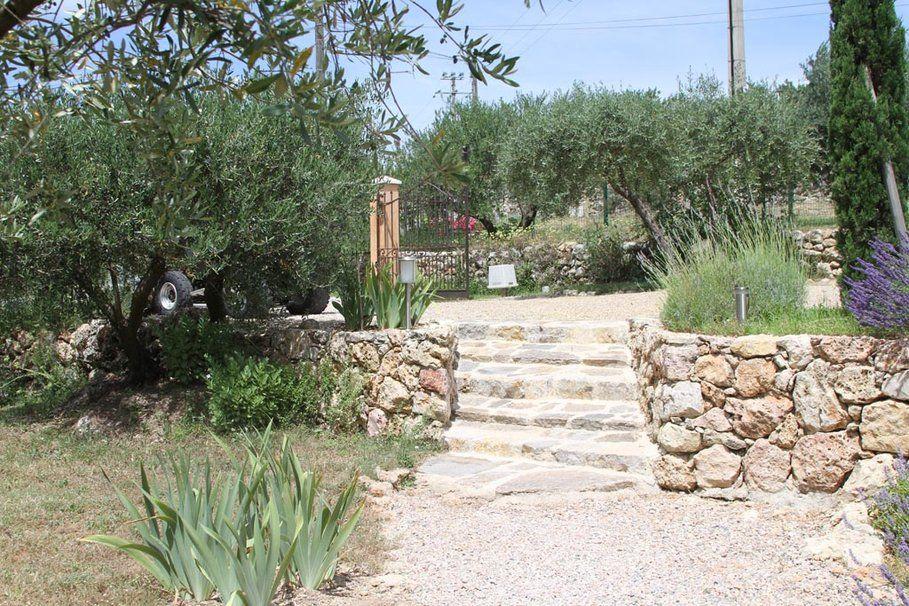 décoration terrasse provençale | Greek house | Pinterest ...