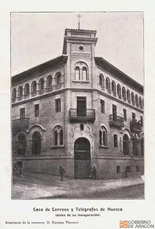 Casa de Correos y Telégrafos de Huesca antes de su inauguración
