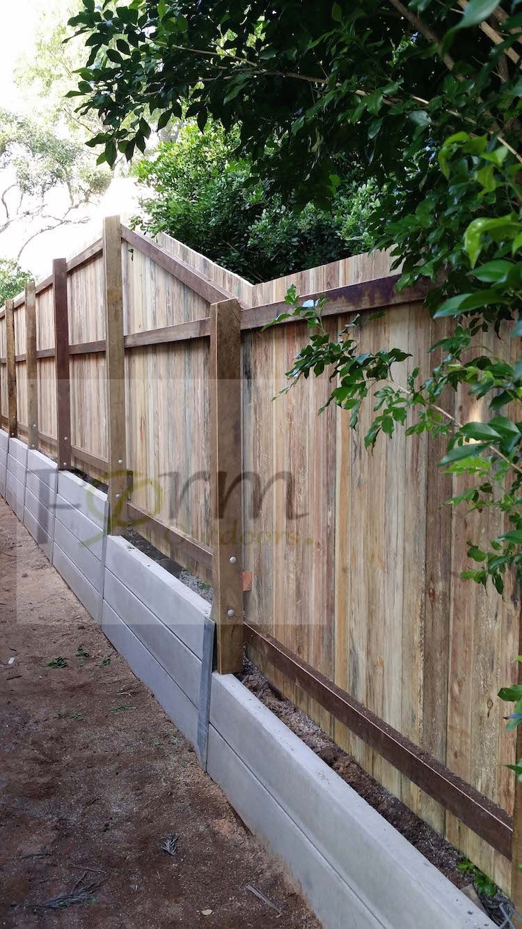 Retaining Wall With Privacy Concrete Sleepers And Timber Fencing Brisbane Qld Au Landscaping Retaining Walls Retaining Wall Fence Retaining Wall