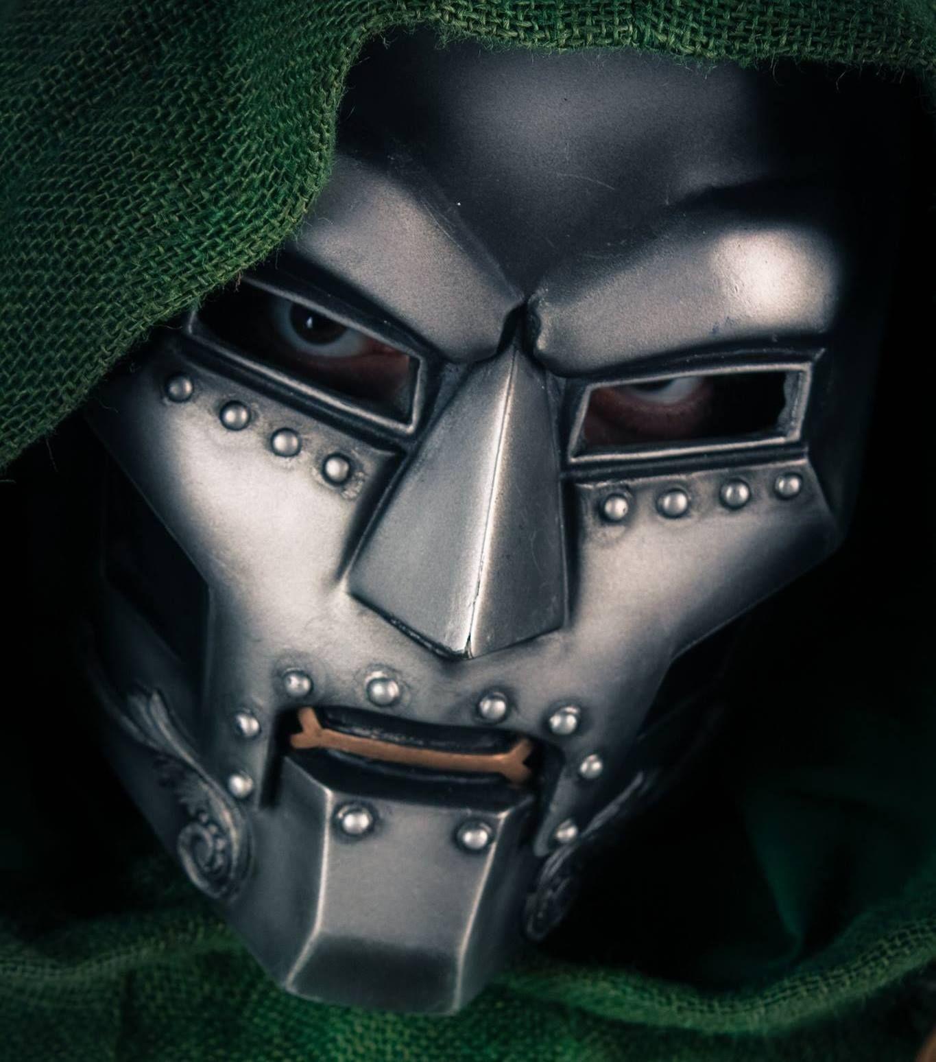 Character: Doctor Doom (Dr. Victor Von Doom) / From: MARVEL Comics ...