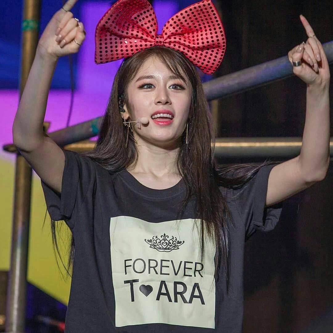 """28 Likes, 1 Comments - ウンジョン名人 운정 명인 (@kkokook30) on Instagram: """"#t_ara #jiyeon"""""""