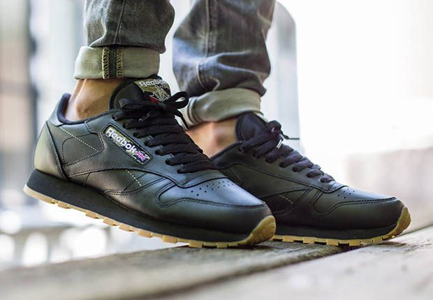 8779b7d146ff9 reebok-classic-leather-tiger-camo-black-gum-2