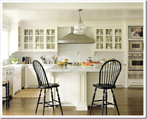 Benjamin Moore Annapolis Green for a Beach House Kitchen