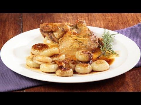 Pollo al rosmarino con cipolline in agrodolce