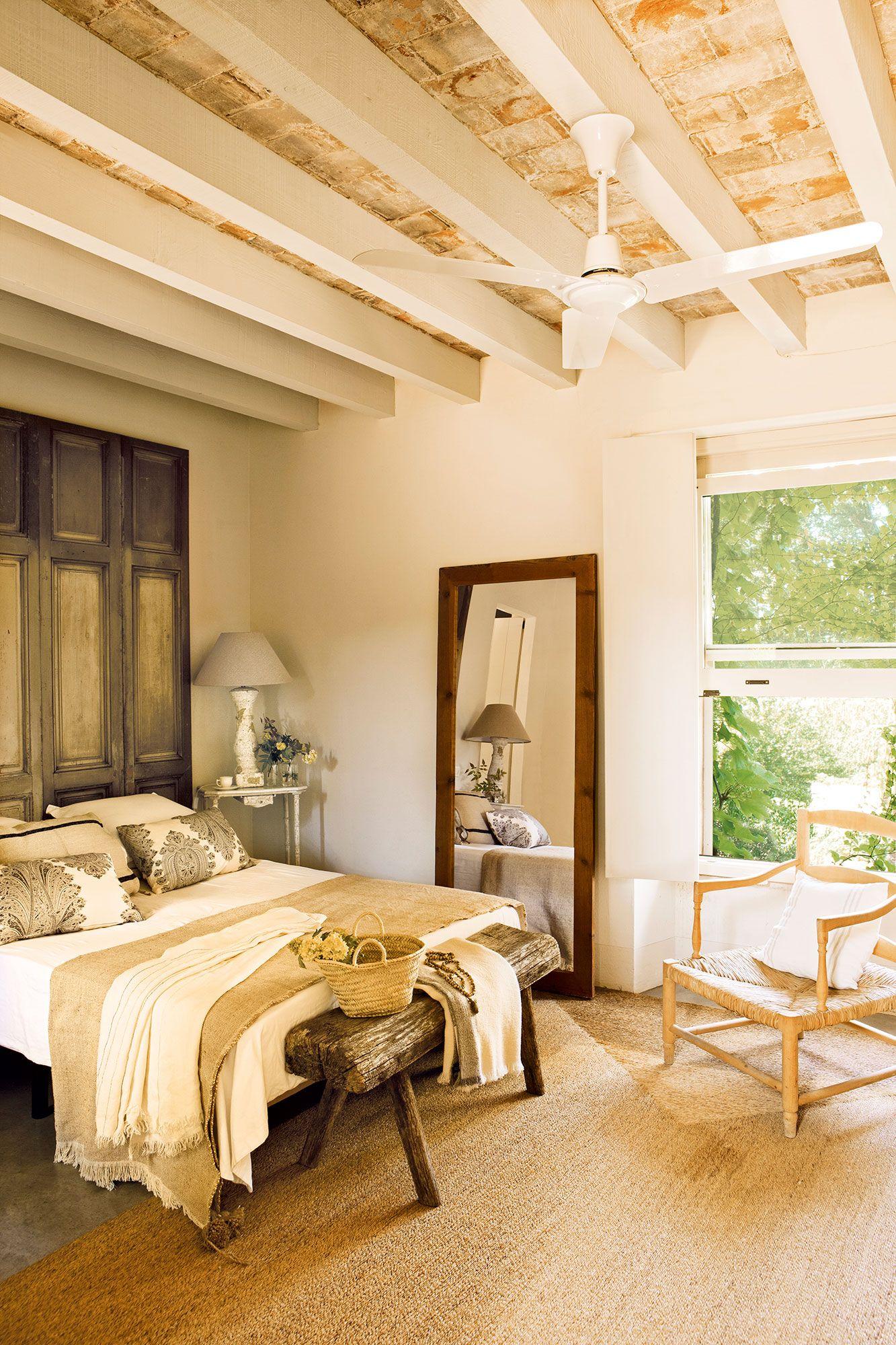 Dormitorios De Matrimonio Estilo Rustico : Con piezas singulares bedroom ideas dormitorios rústicos