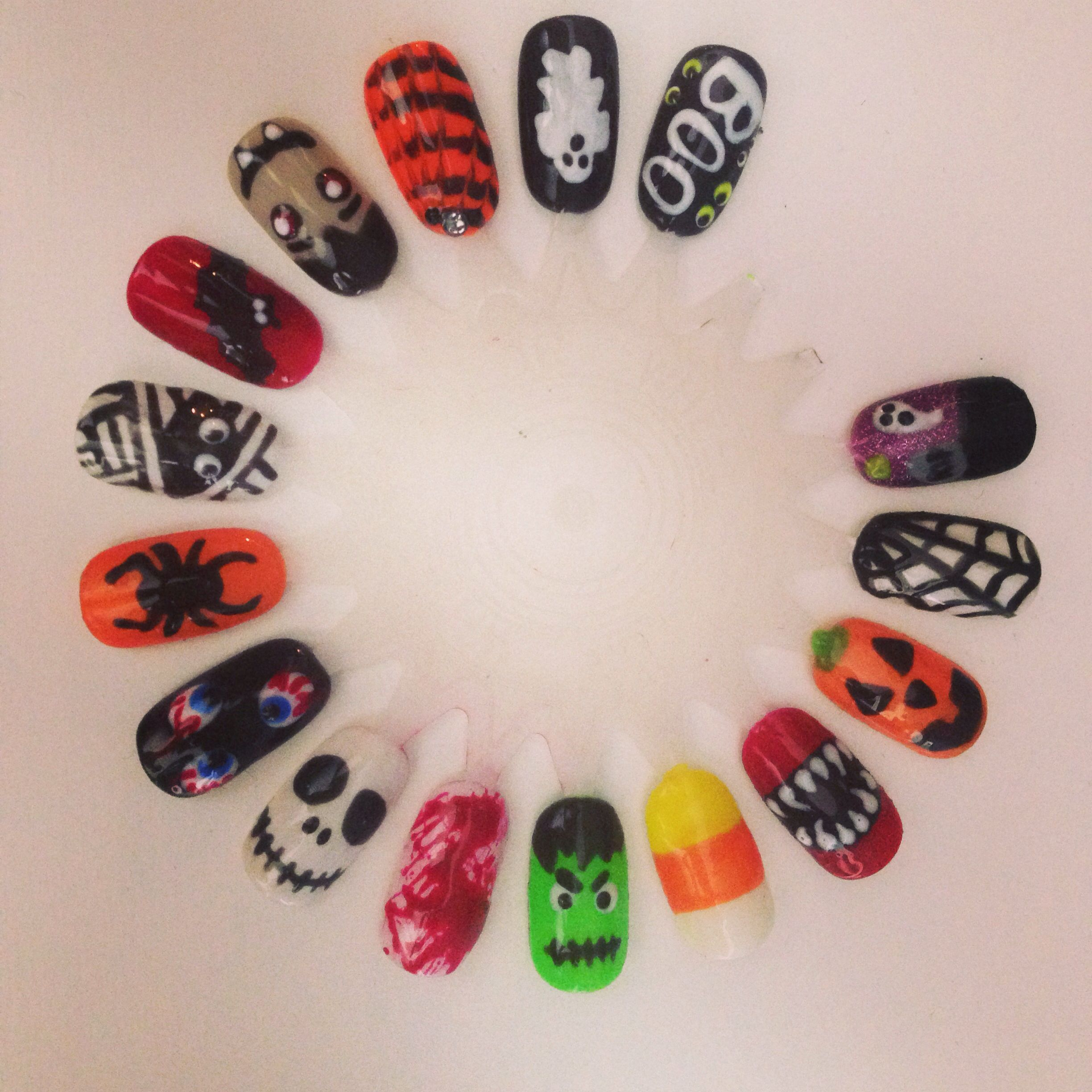 Halloween nail art by Casey Sutherland at The Urban Spa in Peterborough #halloween #nails #nailart #cute