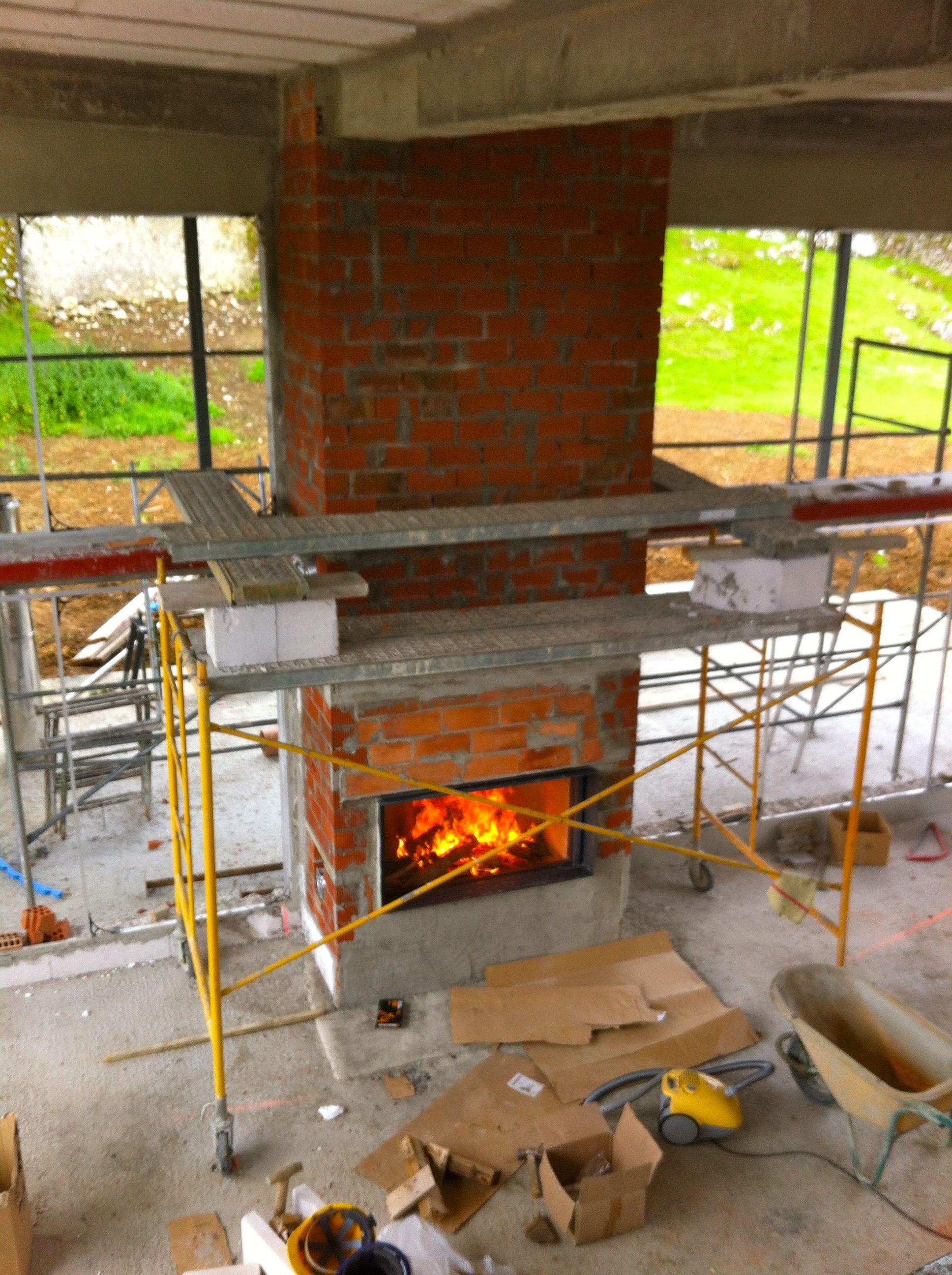 Foto desde la cubierta del salon de la prueba stuv 21125 - Chimenea de piedra ...