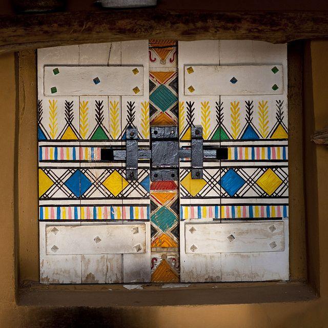 Window In Bin Hamsan House Khamis Mushayt Saudi Arabia Painted Doors Unique Doors Abstract Pattern