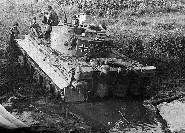 World War II - WWII United States Plastic Model Military Vehicles