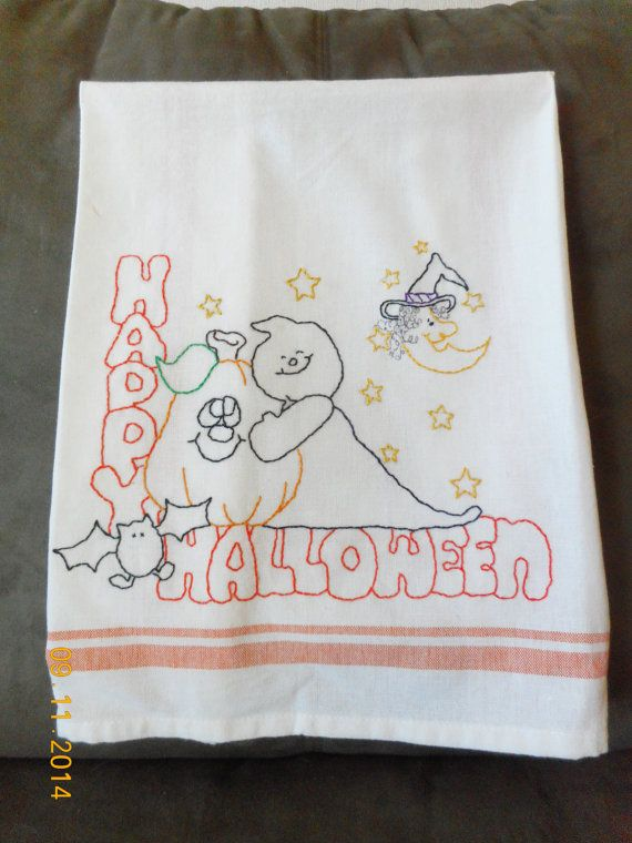Embroidered Halloween Dishtowel. Vintage look. by Happy2BCrafty