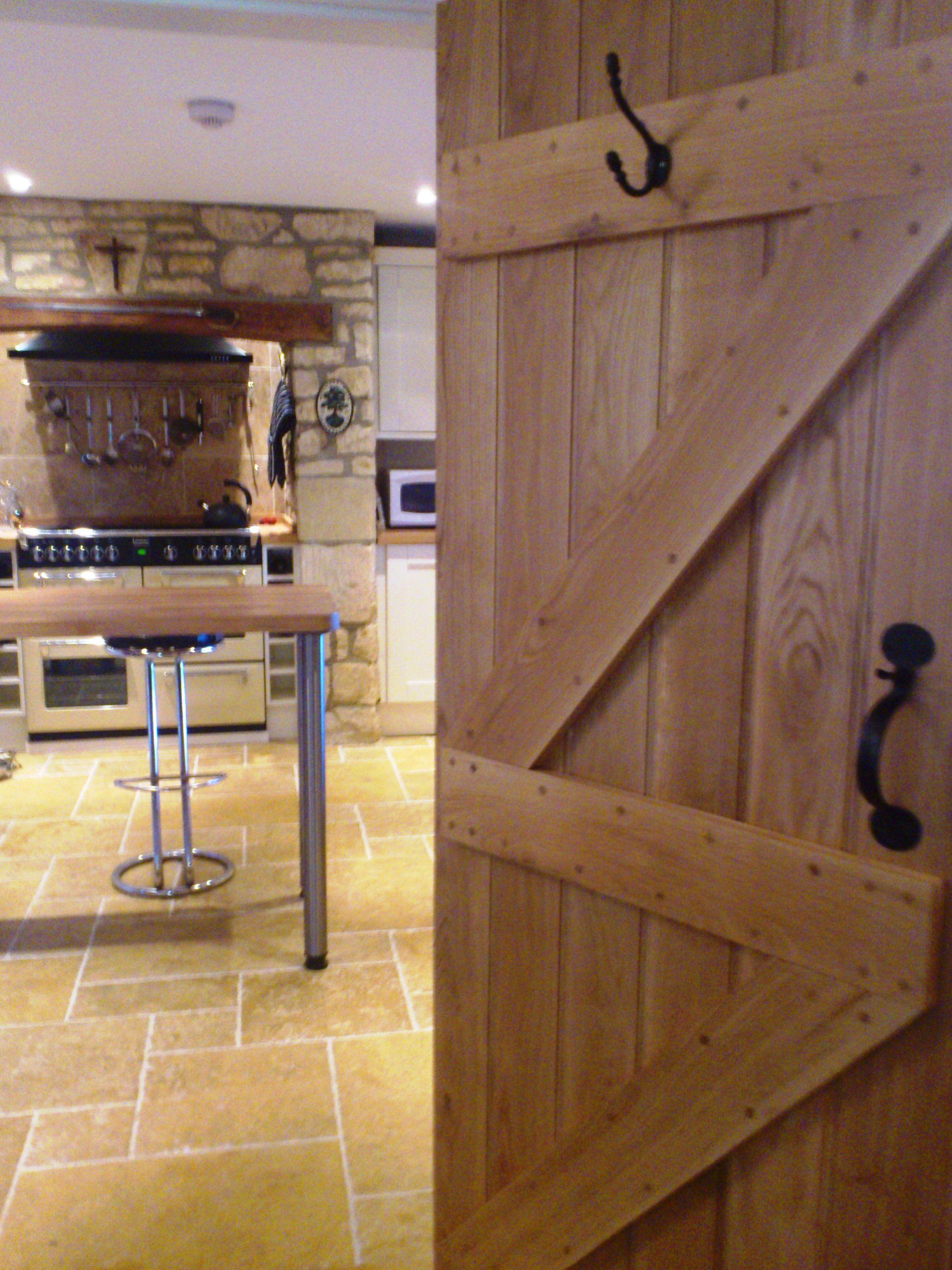 Ledge and brace oak doors - Ledge And Brace Oak Door In Country Kitchen Ledgeddoor Cottagedoor Http
