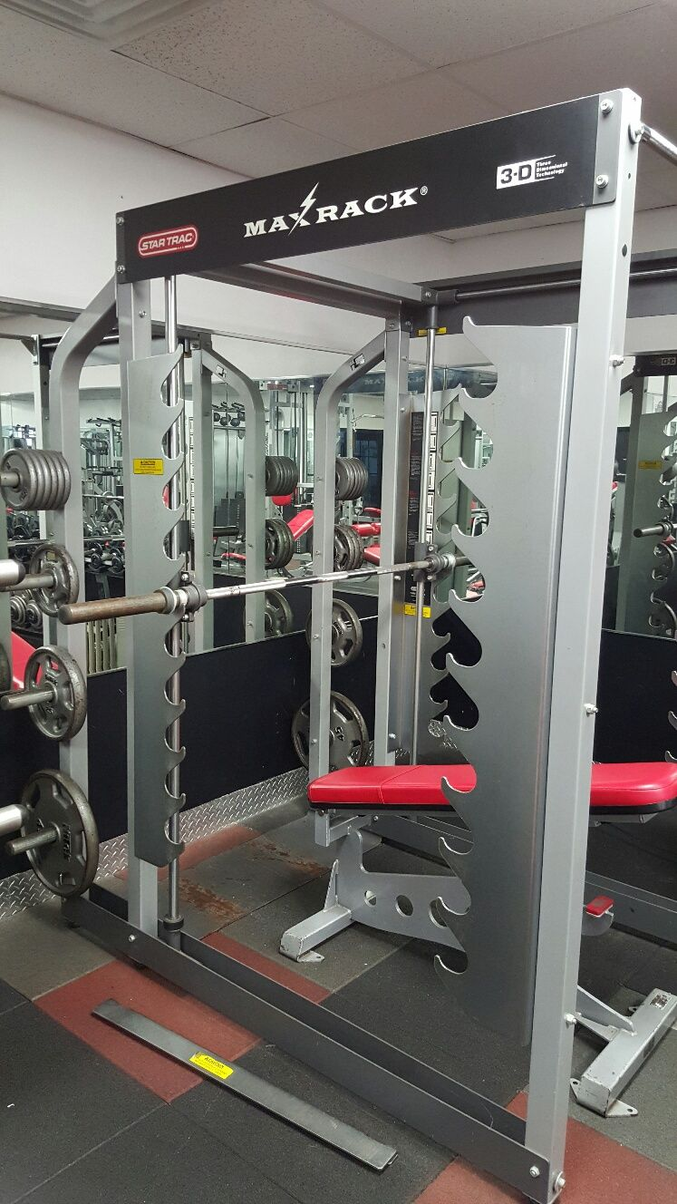 Star Trac Max Rack Is The Perfect Fusion Of Free Weight Powerrack Training With