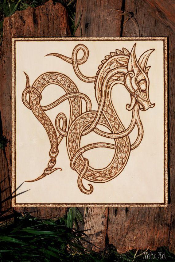 Nordic Dragon On Wood Pirografia Vikings Tatoo