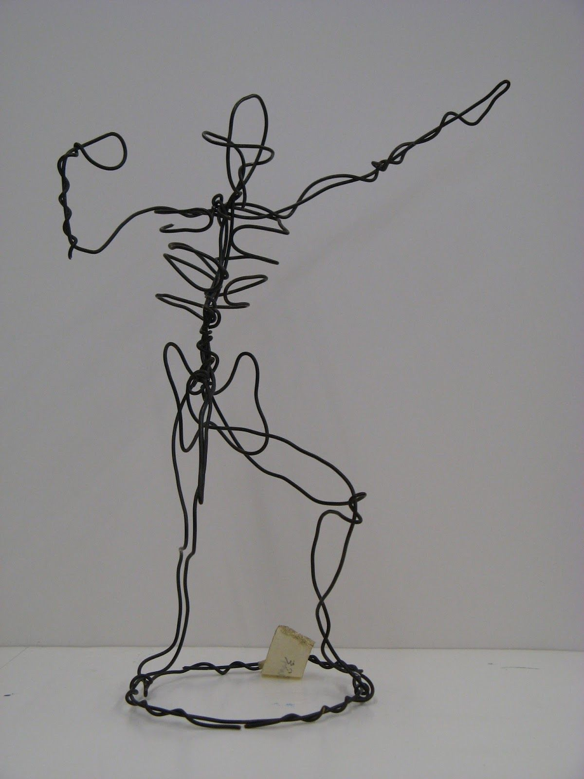 elam-wire-figure.jpg (1200×1600) | Wire Sculptures of the Human Form ...