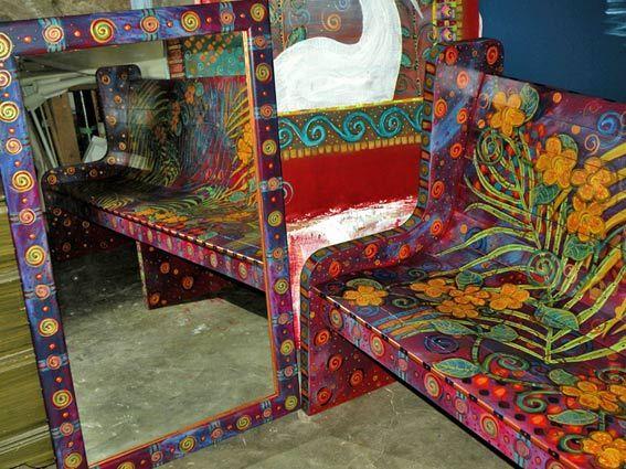 amazing art bench