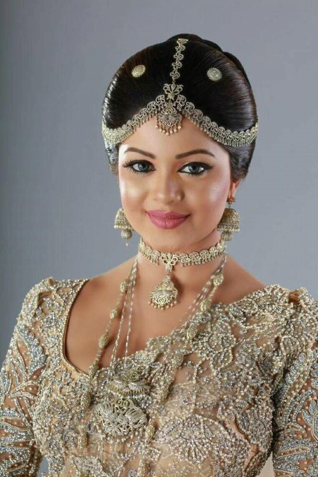 pin by yashodara rathnathilaka on kandyan brides | white