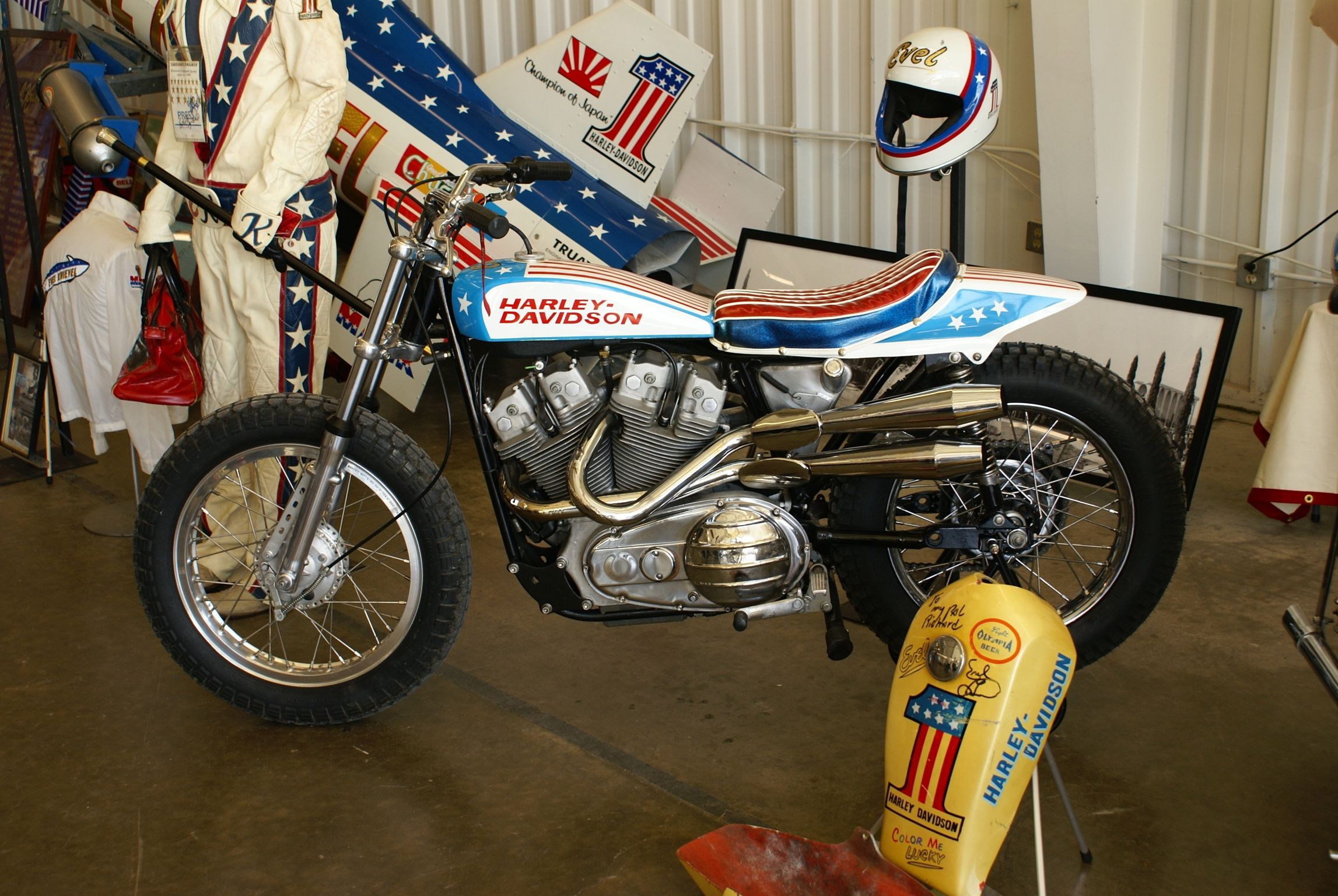 Evel Knievel S 1976 Harley Davidson Xl1000 Is For Sale: Evel Knievel Bike.