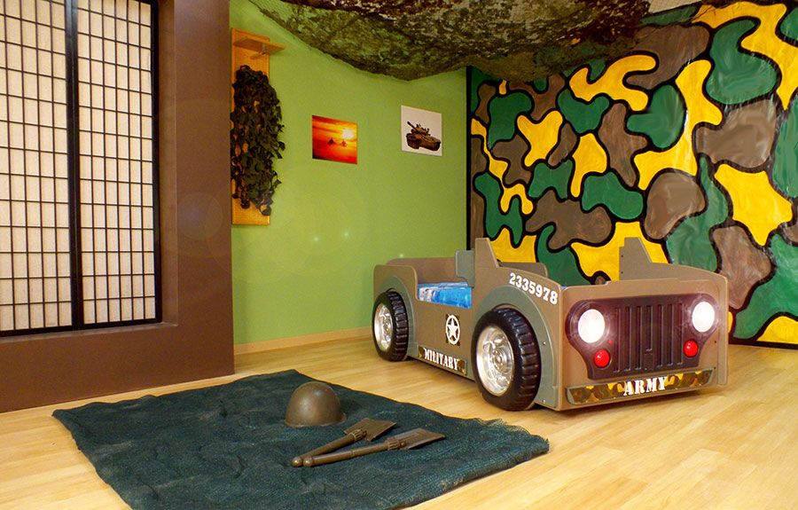 lit voiture jeep enfant army avec clairage led sommier et matelas inclus lit enfant. Black Bedroom Furniture Sets. Home Design Ideas