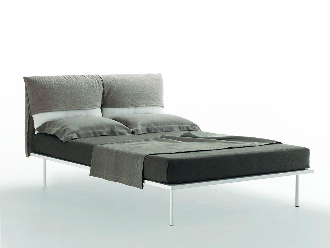 Jetzt Bei Desigano Com Coverbed Doppelbett Betten Doppelbetten Von Zanotta Ab Euro 2 754 78 Coverbed Das Im Jahr 2015 V Bett Mobel Doppelbetten Bett Ideen
