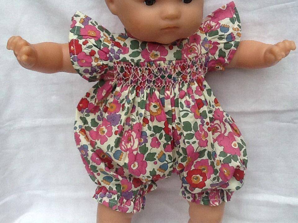 Liberty Betsy rose, barboteuse a smocks pour poupee de 36 cm : Jeux, jouets par celestine