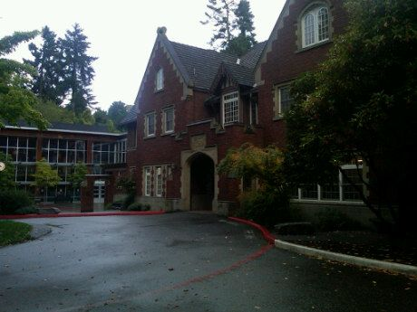 The Bush School The Places Youll Go Colleges And Universities House Styles