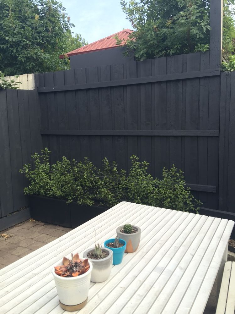 Fence Makeover Fence Paint Colours Exterior Paint Schemes Home And Garden