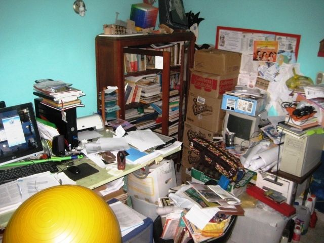 Me concentro para trabajar, especialmente arreglo mi ambiente de trabajo...