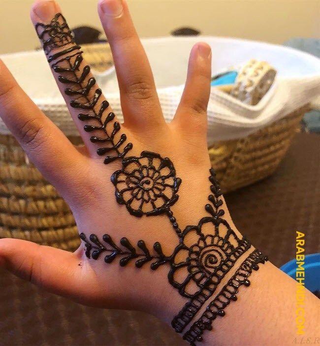 50 Kids Mehndi Design Henna Design August 2019 Mehndi Designs For Kids Henna Designs For Kids New Mehndi Designs