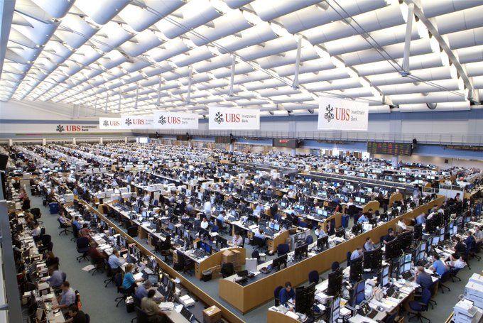 0f4651190c Liz Ann Sonders on | Infographs | Trading desk, Day trading e ...