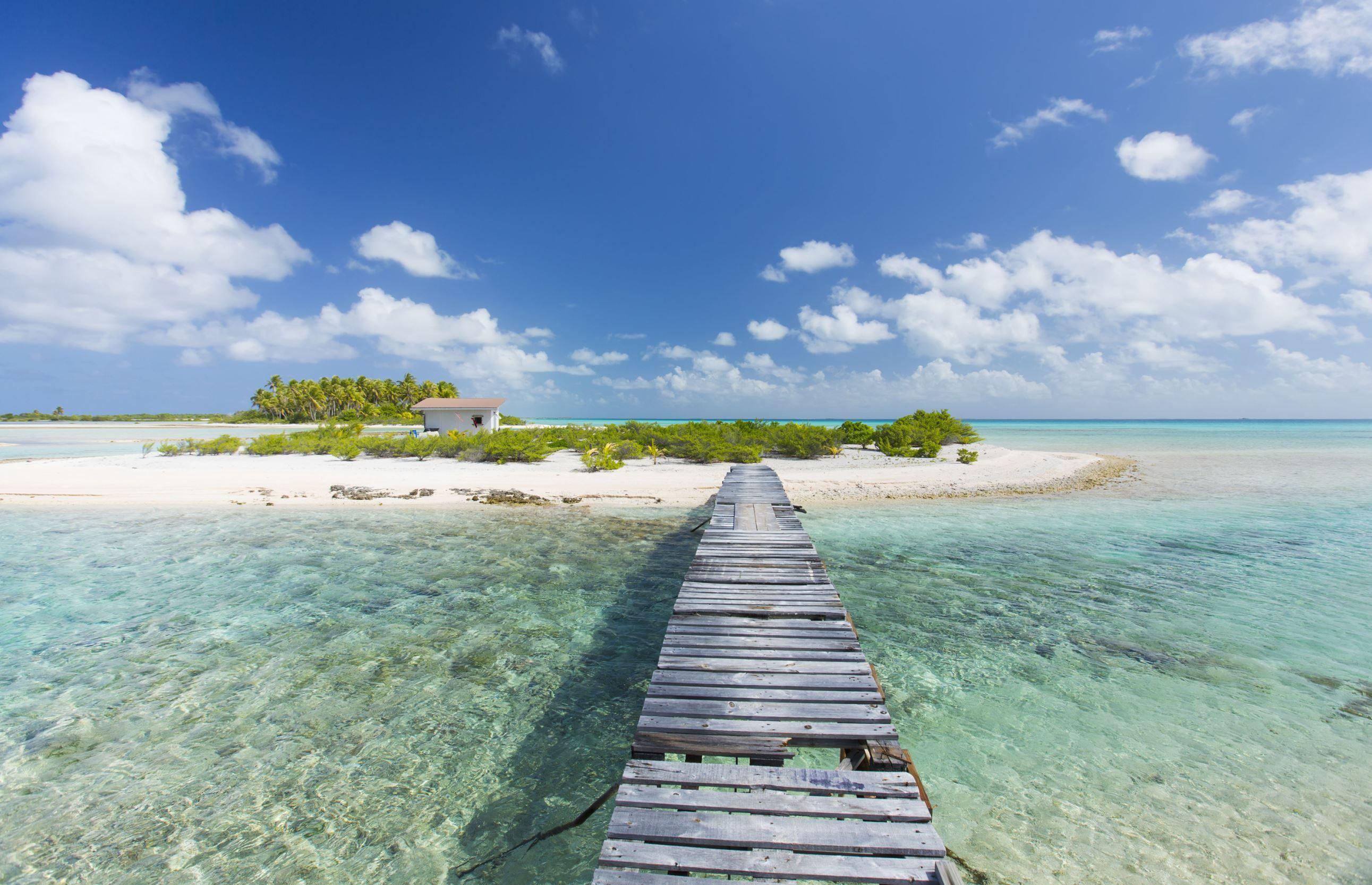 Tikehau, French Polynesia Design Pics Inc/REX Places