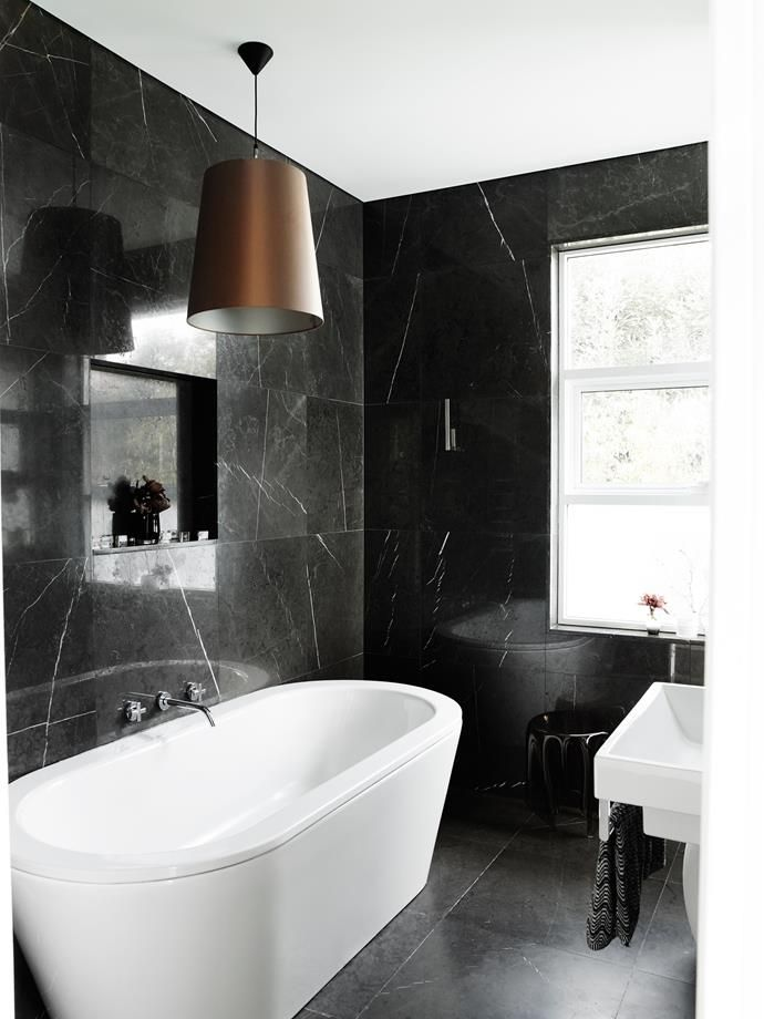 Black Marble Indian Limestone Bathroom Tiles On Walls And Floor, White  Freestanding Bathtub