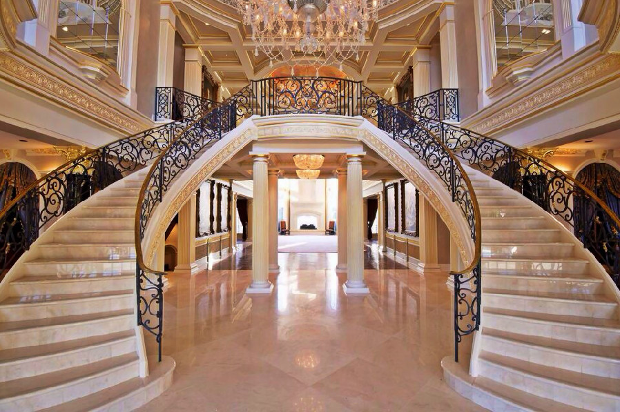House Of The Day The Biggest Mansion For Sale In America Can Be Yours For A Bargain 13 9 Million Big Houses For Sale Mansions House Staircase