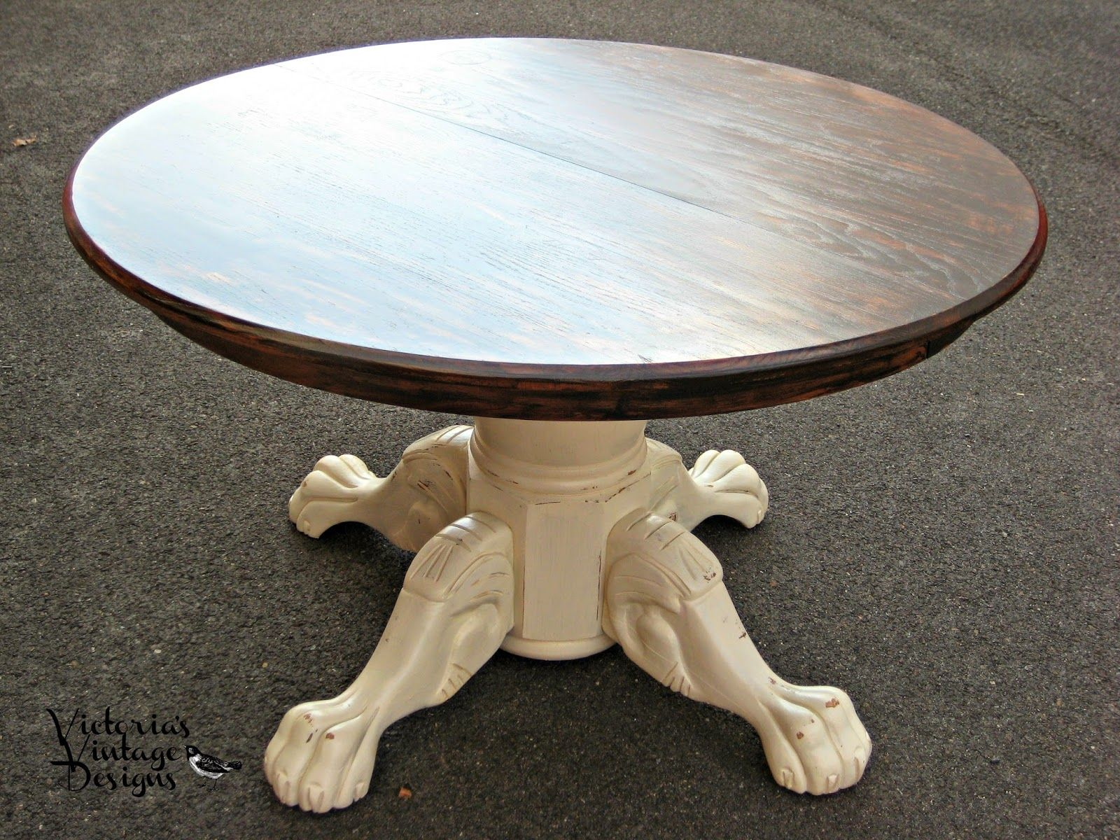 Victorias Vintage Designs Vintage Oak Claw Foot Round Dining Table