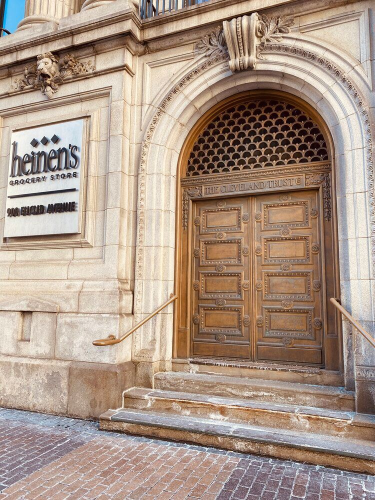 Top 5 (Walkable!) MustSee Places in Downtown Cleveland in