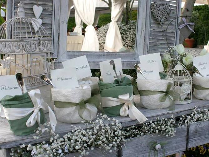 Matrimonio Country Chic In Puglia : Confettata matrimonio country chic tema erbe