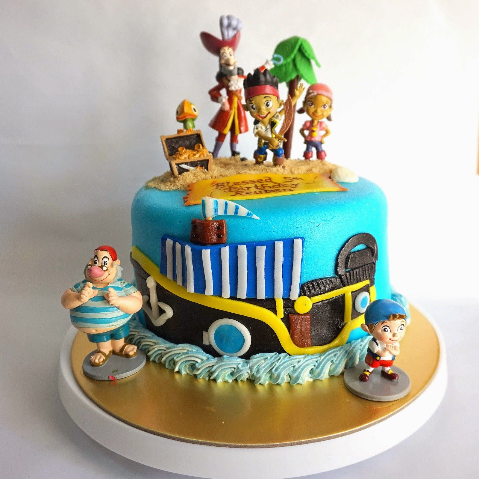 Astounding Jack And The Neverland Pirates Themed Cake Themed Cakes Island Funny Birthday Cards Online Inifodamsfinfo