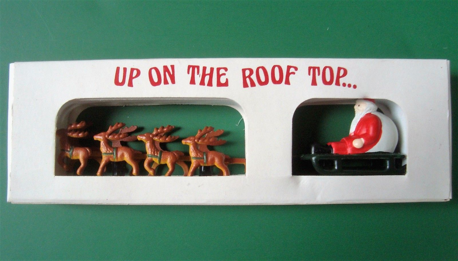 Department 56 Up On The Roof Top Santa With Sleigh And Reindeer 5139 0 With Box Reindeer Department 56 Christmas Settings