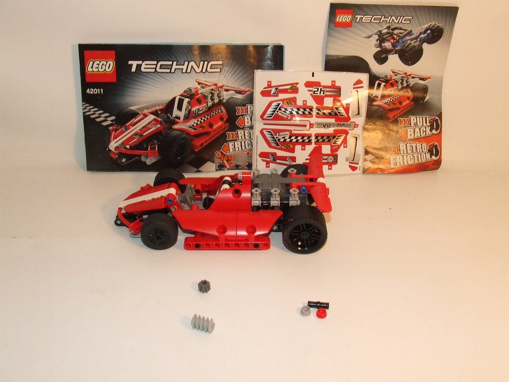Lego Technic Pull Back Race Car Complete With Instructions Unused