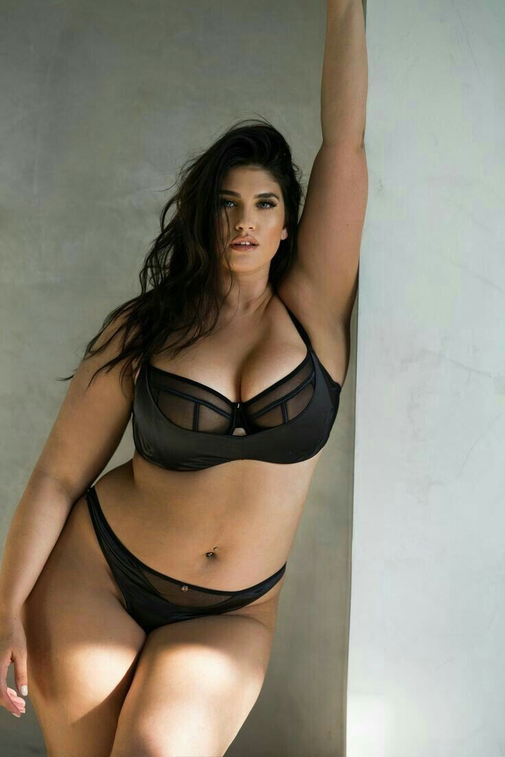 Beautiful nude women perfect body