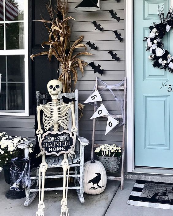 Photo of 101 Simple Outdoor Halloween Decor Ideas » Lady Decluttered